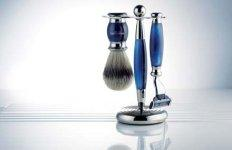 Edwardian Blue Horn shaving set.